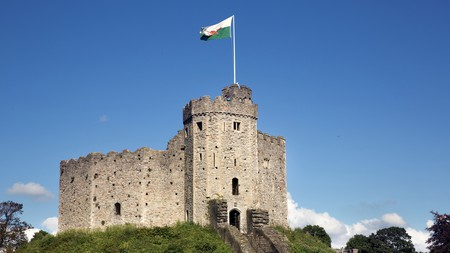 Cardiff Castle is in the heart of the city and just a stone's throw away from some of Cardiff's best hotels