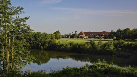 Forest of Arden Marriott Hotel & Country Club Birmingham is a snapshot of country life on Birmingham's edge