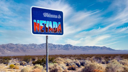 Nevada is a paradise for gamblers, partygoers, hikers, and golf enthusiasts. We know the best places for you to stay in the Silver State – whether you're off hiking, or staying in the casino