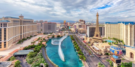 Beyond the casinos and nightlife of Sin City, Vegas offers plenty to keep kids entertained in the city's more family-oriented hotels