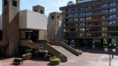 Find the best place to unwind after a evening spent enjoying the artistic delights of the buzzing Barbican Centre