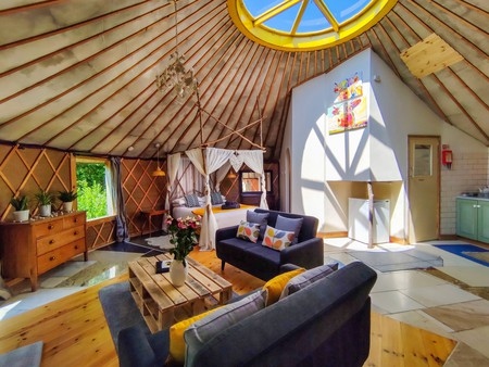 The yurt-inspired Roundhouse sits in the middle of a working organic farm in Bath, England