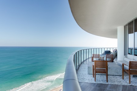 The St Regis Bal Harbour Resort is perfect for a particularly luxurious stay in Miami Beach