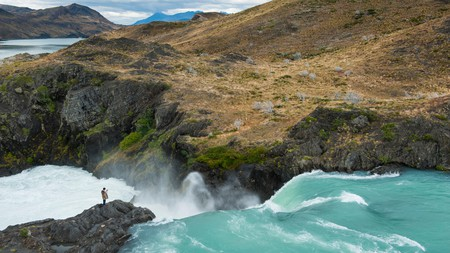 Mirador Salto Grande waterfall, Torres del Paine National Park, Chile