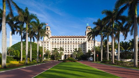 Cool down during your vacation in Florida with a stay at one of the best hotels with a pool