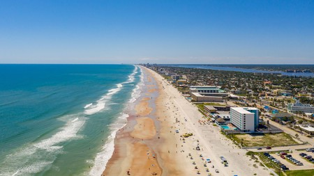 Daytona Beach offers sea and sun seekers hotels at great prices