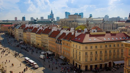 Stay in a modern apartment in downtown Warsaw and get close to the commercial heart of Poland's enticing capital city; museums, royal palaces, shopping and craft beers await you