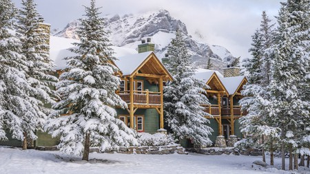 Stay at a friendly bed and breakfast in photogenic Banff to be close to mountain hikes and turquoise glacial lakes