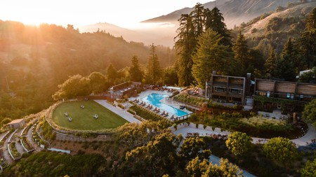 Humans and pups will be delighted with a stay at Ventana Big Sur