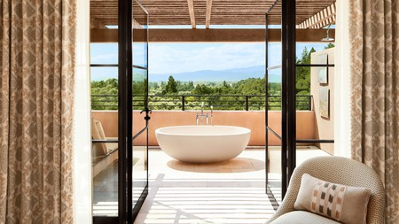 From intimate inns to sprawling wellness resorts, there is no shortage of luxury stays in Napa Valley