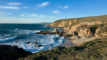 The natural beauty of the Sonoma coastline is matched by a charming collection of lodges, inns, villas and ranches in Bodega Bay