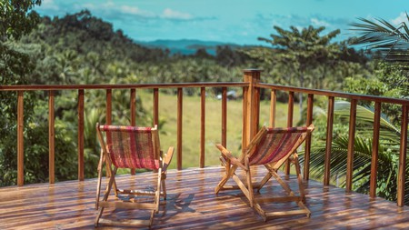 Take it easy at Beso Hilltop Retreat