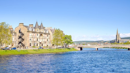 Bring your furry friend to stay at the Best Western Inverness Palace Hotel and Spa and enjoy walks along the River Ness