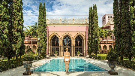 Stay in Boca Raton for a luxe vacation of beach-hopping, golfing and boutique shopping