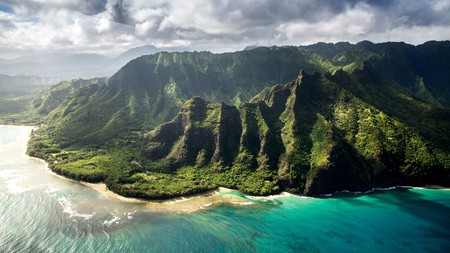 Exporing Kauai's scenery doesn't have to be expensive