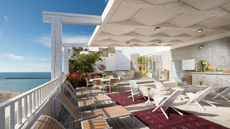 Sea Executive Suites has an unrivalled position right on the beach