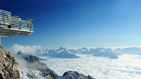 The nearby Dachstein Sky Walk provides the best views of the Alps