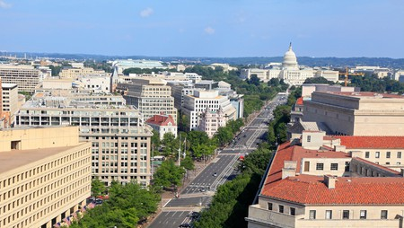 Pick a hotel with parking to explore Washington DC on foot and public transportation