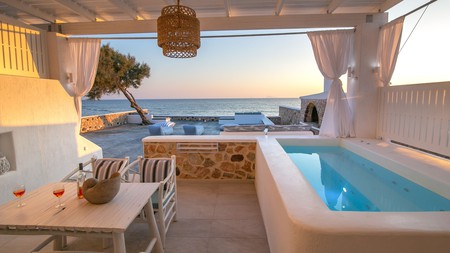 Options abound for a self-catering holiday on Santorini