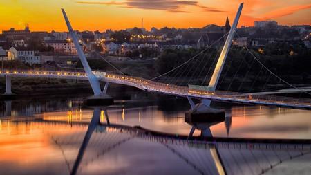 Derry's Peace Bridge over the River Foyle