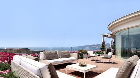 Stay at a hotel in Naples that will have you feeling like a native Neapolitan in no time at all
