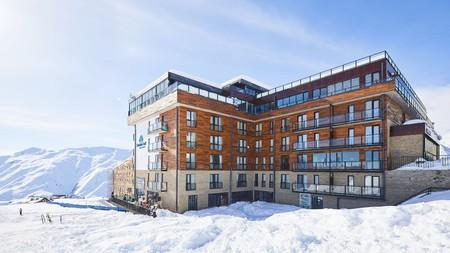 Gudauri Hotel Loft has spectacular views towards Khazbegi mountain