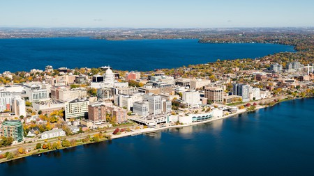 Madison, Wisconsin, lies between Lake Mendota and Lake Monona