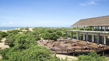 The luxury resort Jetwing Yala in Sri Lanka backs onto a beautiful beach