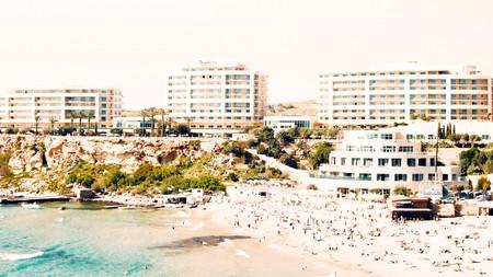 Radisson Blu Resort & Spa is set right on the pristine sands of Golden Bay