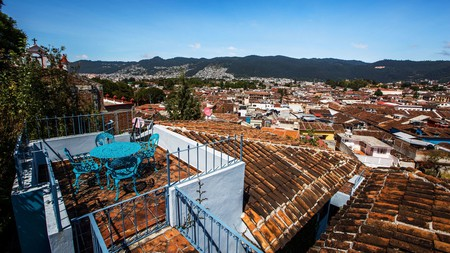 Las Escaleras has panoramic city-scape views from the rooftop terrace