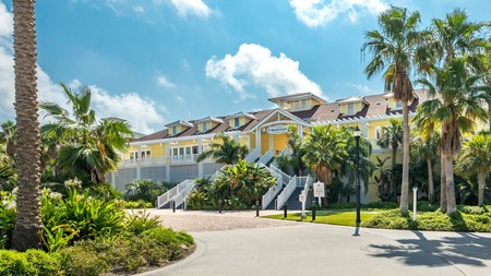 Choose between a variety of accommodation types at the Pointe West Resort in Galveston, Texas