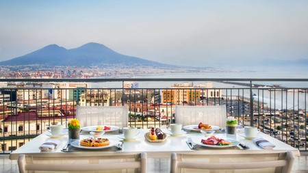 While perhaps better known for its pizzerias and feisty locals, Naples is also an excellent city for a luxury hotel experience