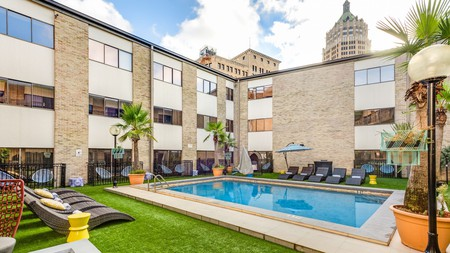 San Antonio offers plenty of accommodation options around the city combining comfort with a reasonable price tag
