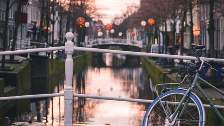Get on your bike to best enjoy the many canals of Delft