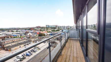 The Skinner Lane Apartments are just a stone's throw away from some of Leeds's biggest attractions