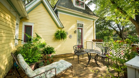 The Sugar Magnolia B&B is a Victorian home dating from the late 1800s