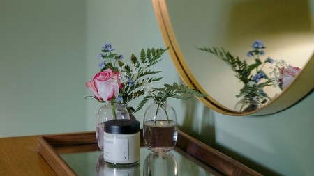 Thoughtful touches such as fresh flowers and plants adorn the Rose's rooms