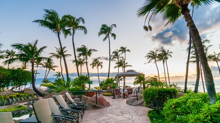 Kick back and soak up heavenly beachfront views of the sand and surf at one of Hawaii's best beach hotels