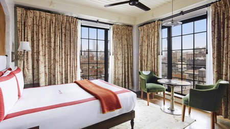 Manhattan is home to some of the world's most luxurious hotels, from penthouses fit for aristocrats to sleek celebrity boltholes
