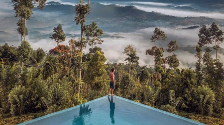 Hover above the hills from a decadent lookout