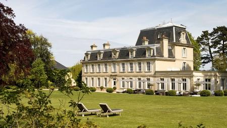 Château La Chenevière near Port-en-Bessin
