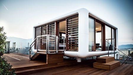 For panoramic views of the city, choose the LoftCube atop the Hotel Daniel