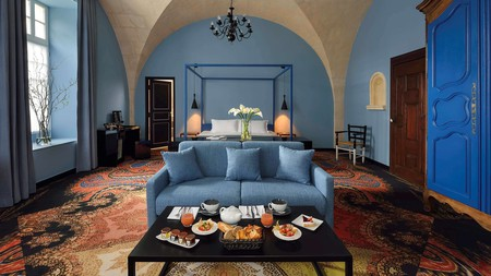 A room fit for an emperor at Hotel Jules Cesar