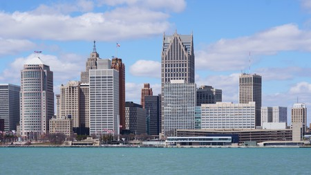 Find out the best places to lay your head in the beautiful city of Detroit, Michigan
