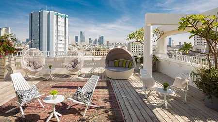 Some apartments in Tel Aviv come with incredible perks, such as hip rooftop spaces