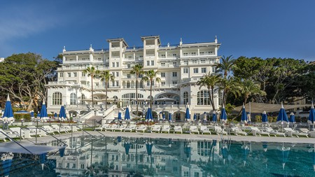 Hotel Gran Miramar in Málaga is just one of Costa del Sol's palatial hotels; enjoy the best of Spanish luxury Andalusian-style with beachfront swimming pools, restaurants and spas
