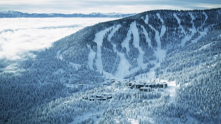 The Ritz-Carlton, Lake Tahoe is a great family-friendly luxury hotel at Northstar California