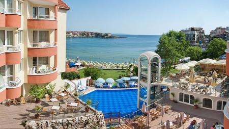 Spectacular water views at Villa List Hotel