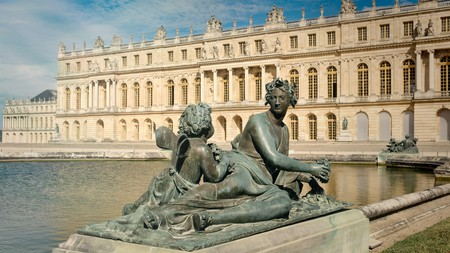 The immense royal palace and gardens are the major draw in Versailles