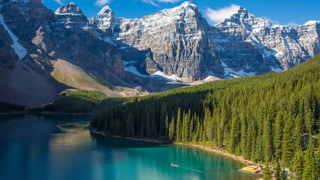 Moraine Lake in the Valley of the Ten Peaks in Banff National Park